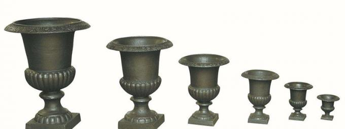 Custom Color Cast Iron Flower Pots Urn Planter For Landscape / Theme Park