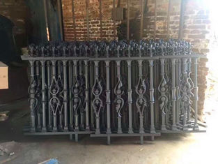 Outdoor Portable Modern Ornamental Iron Fence Panels For Villas