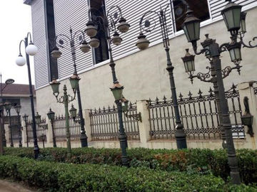 Residential Art Decorative Cast Iron Lamp Post For Garden , Victorian Lamp Post